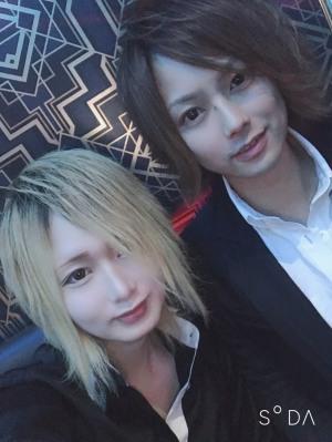 神殺 光 club CREST[ホストクラブ/松山市三番町]さんのブログページへはこちらから
