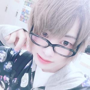 弥生 海珠 IRIS[ホストクラブ/松山市二番町]さんのブログページへはこちらから