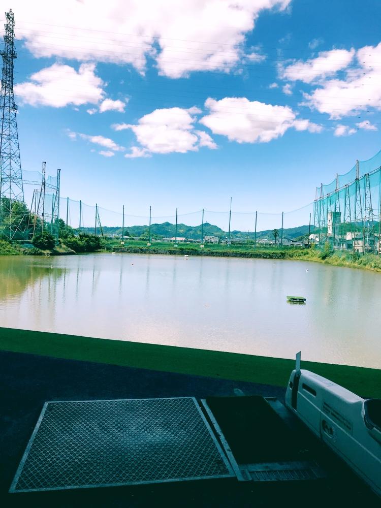 愛美 和海[スナック・ラウンジ/松山市二番町]さんのブログページへはこちらから