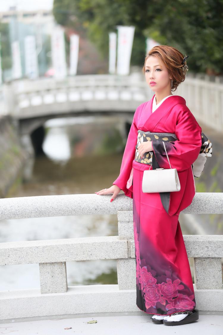 安村 榮子さんのプロフ写真4