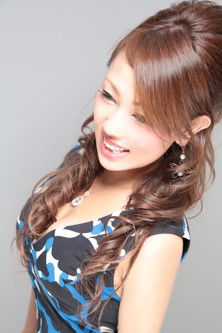 安村 榮子さんのプロフ写真8