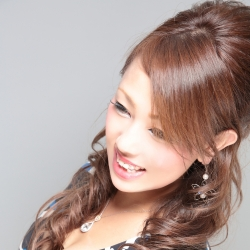 安村 榮子さんのプロフサムネイル8