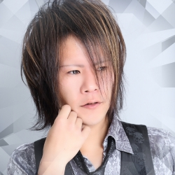 紫柳 純さんのプロフ写真