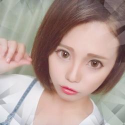 愛菜さんのプロフ写真