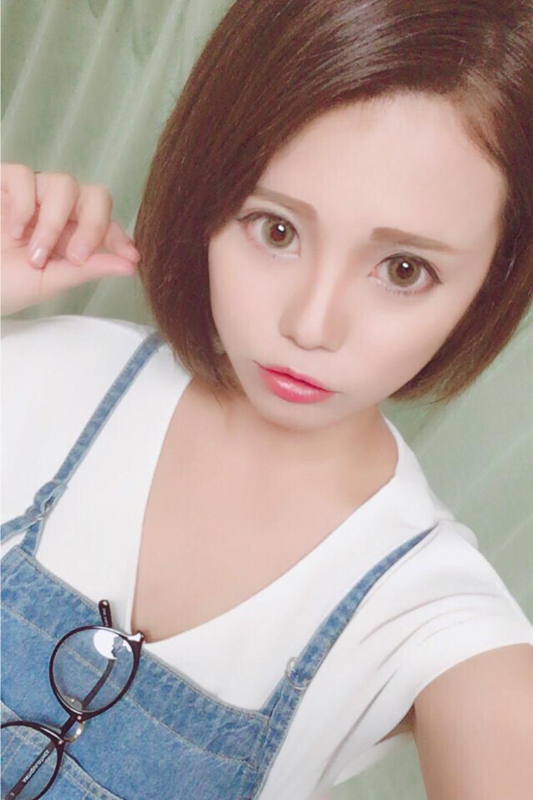愛菜さんのプロフ写真1