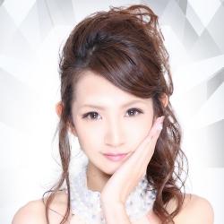 香月 彩奈さんのプロフ写真