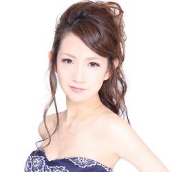 香月 彩奈さんのプロフサムネイル2