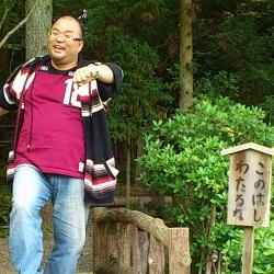 代表 ウッチー(showcase lounge-Re.)[キャバクラ/愛媛県松山市]さんの情報はこちらから