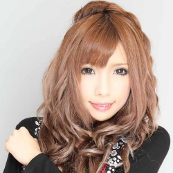 Luna(CLUB soiree)[スナック・ラウンジ/愛媛県松山市]さんの情報はこちらから