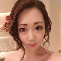 栗栖 陽香さんのプロフ写真