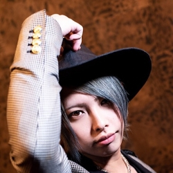 麗羽 詩音さんのプロフ写真
