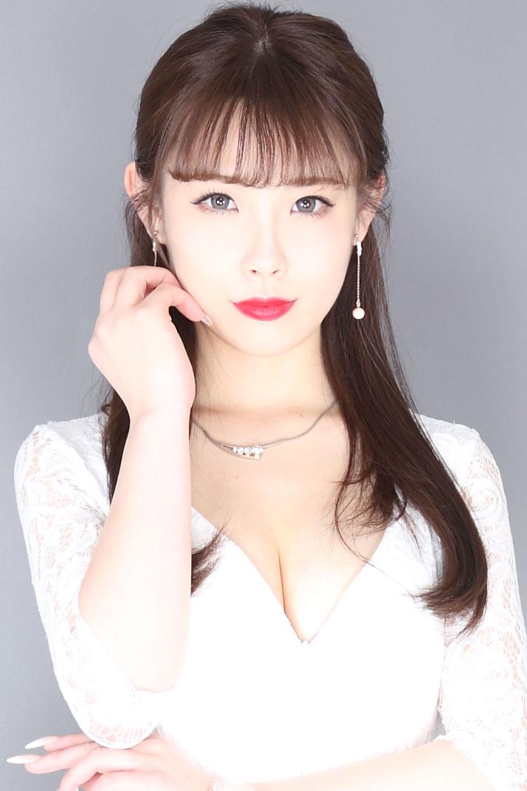 新田 まなみさんのプロフ写真1