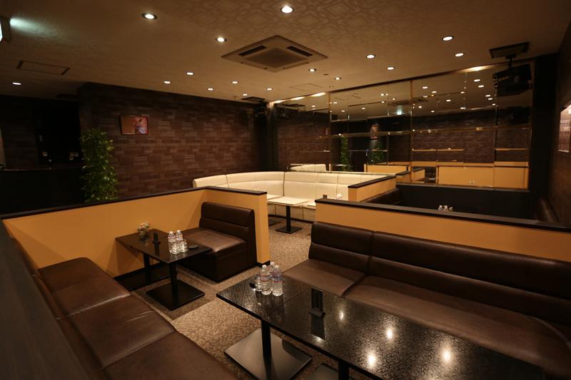 Club ALPHA[キャバクラ/愛媛県松山市]の店内イメージ