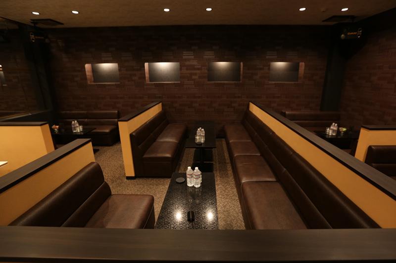 Club ALPHAの店舗写真1